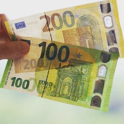 Euro falsi in vendita